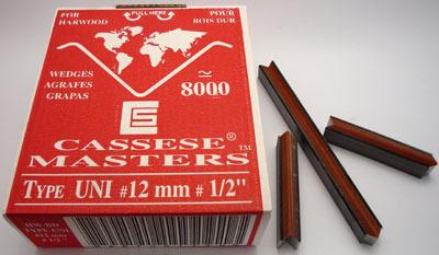 S21 - Klamry UNI 12 mm  do twardego drewna firmy Cassese